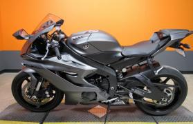 2019 Yamaha YZF-R6 WhatsApp +13236413248